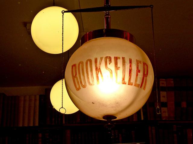 Bookseller - attribuzione foto